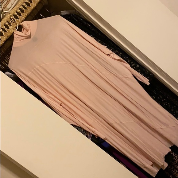 Dresses & Skirts - The frockfuid drees in pink color size M